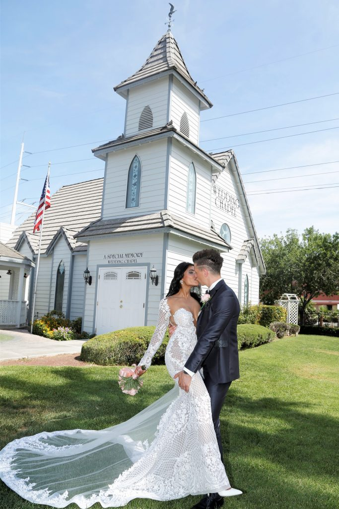 Renewal of vows at the wedding chapel