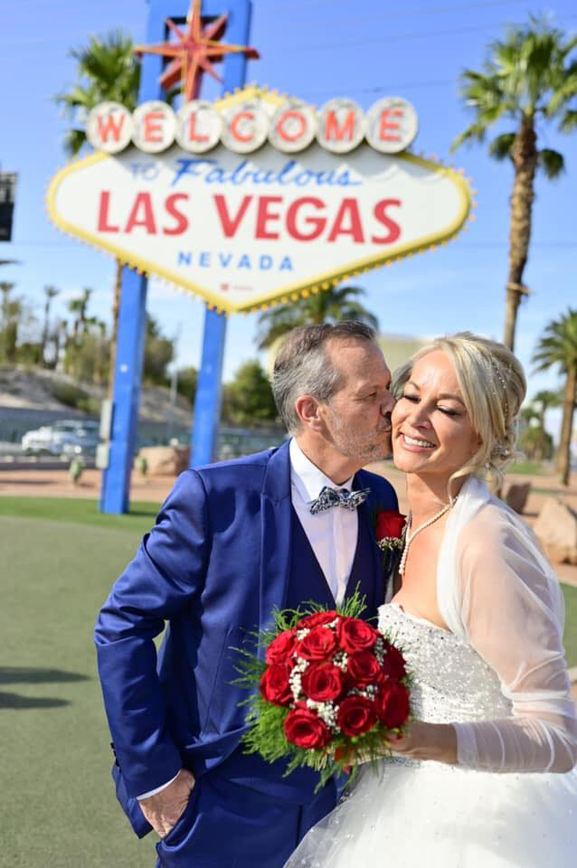 Married couple at Las Vegas Sign Wedding